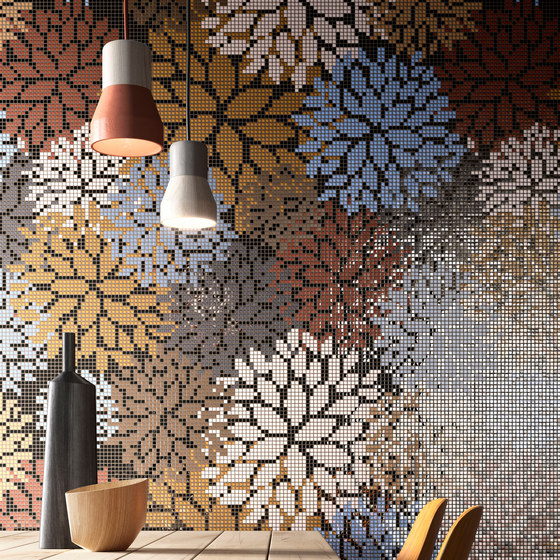 Decor Blooming | Lacquer Red 15x15 by Mosaico+