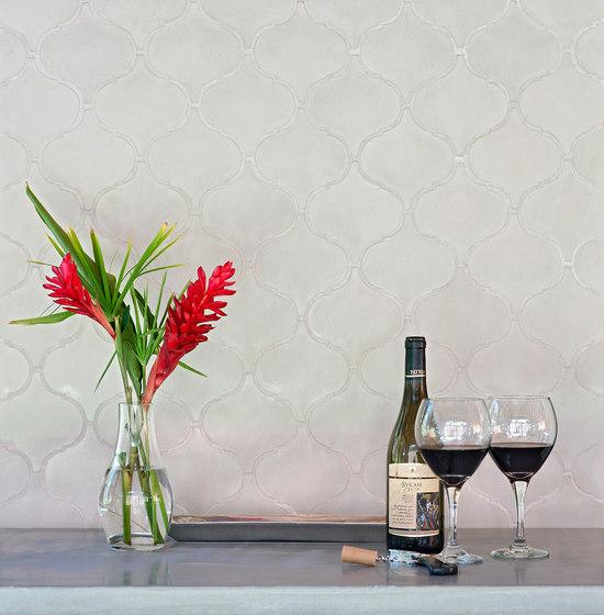 Arabesque - Black von Granada Tile