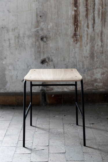 Sincera Stool oak by Bent Hansen