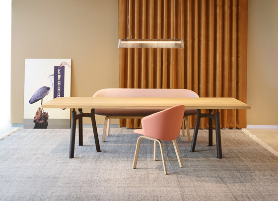 Trestle Table XL by Arco