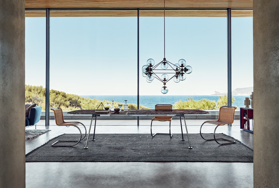 Grasshopper Table di Knoll International
