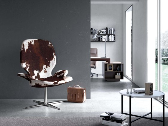 Clarke | Armchair by Estel Group