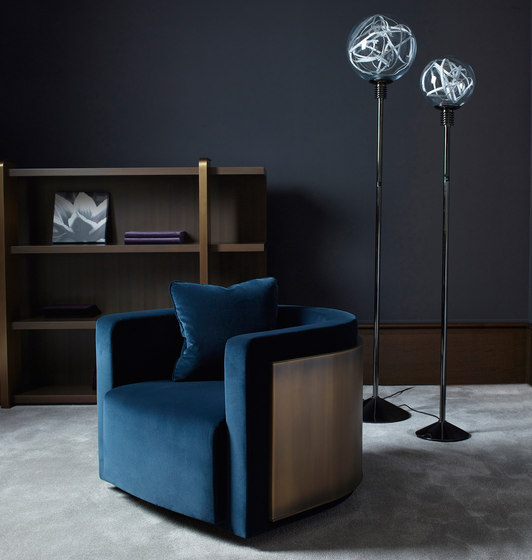 Higgs floor lamp by Promemoria