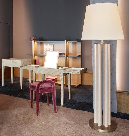 Kalypso vanity desk by Promemoria