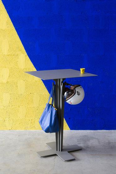 Diablo Table avec accroches by Matière Grise