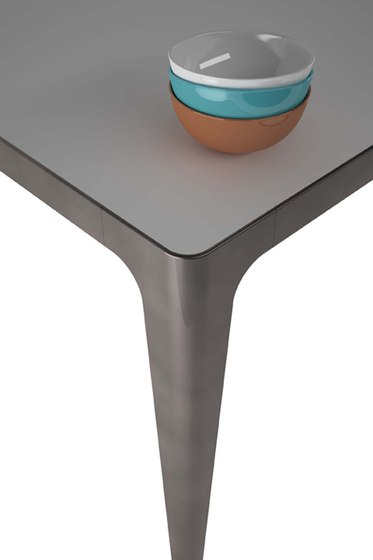 Grand More | Table by Estel Group