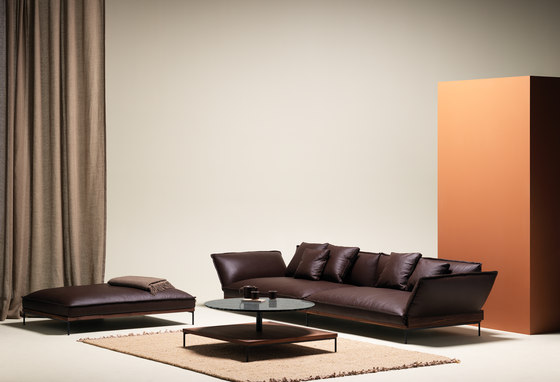 Jord Sofa 3 seater with armrests di Fogia