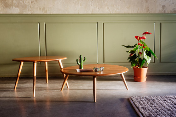 Fox Table S by 366 Concept