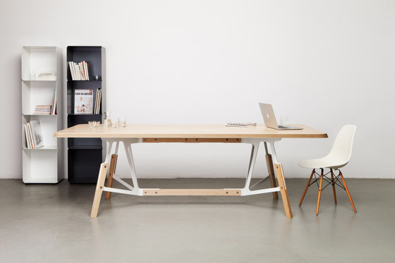Stammtisch rectangular table by Quodes