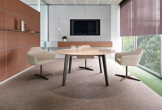 Parley Table de Schiavello International Pty Ltd