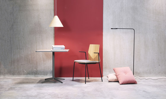 Four Cast® Four upholstery di Four Design