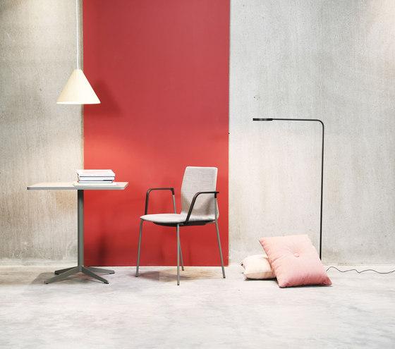 Four Cast® Four upholstery de Four Design
