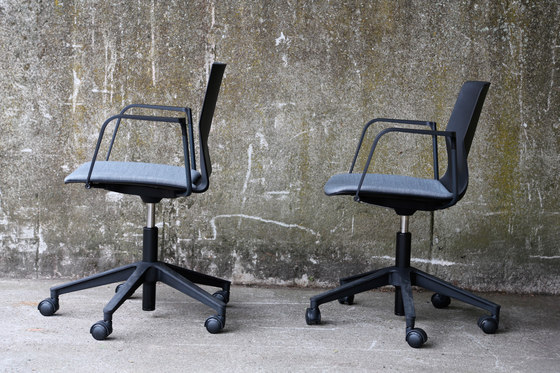 Four®Sure 66 upholstery von Four Design