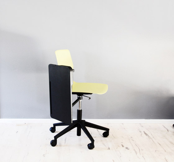 Four Sure® 66 upholstery von Four Design