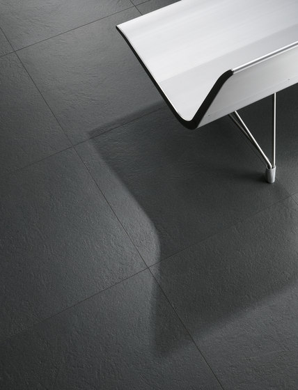 EC1 | bond grigio scuro smooth de Cerdisa