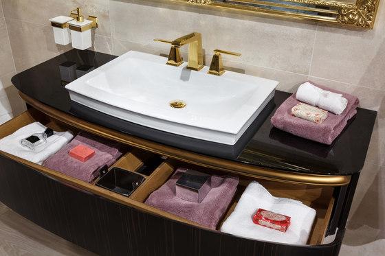 Bloomsbury | Chelsea Freetsanding Bathtub by BAGNODESIGN