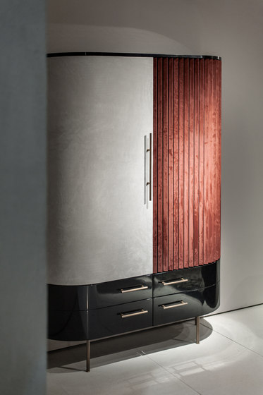 PLISSÉ Low cabinet by Baxter