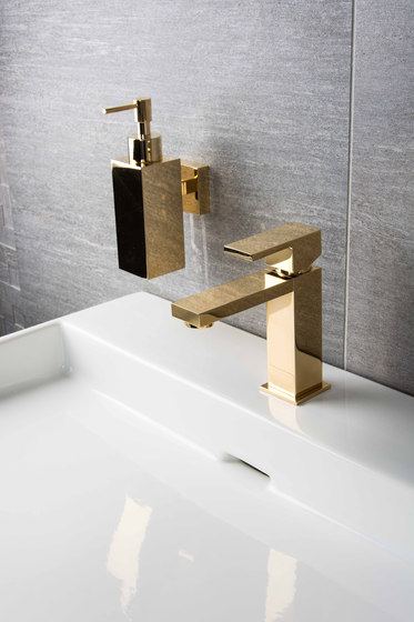 Mezzanine | Toilet Roll Holder de BAGNODESIGN