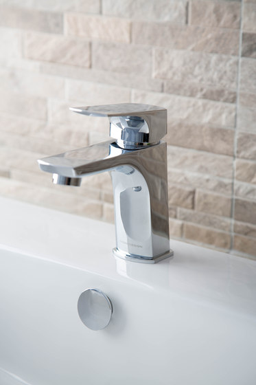 Savoia | Mono Basin Mixer With Pop-Up Waste by BAGNODESIGN
