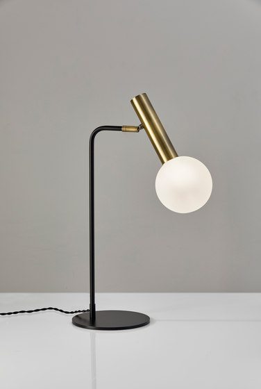 Sinclair LED Desk Lamp by ADS360