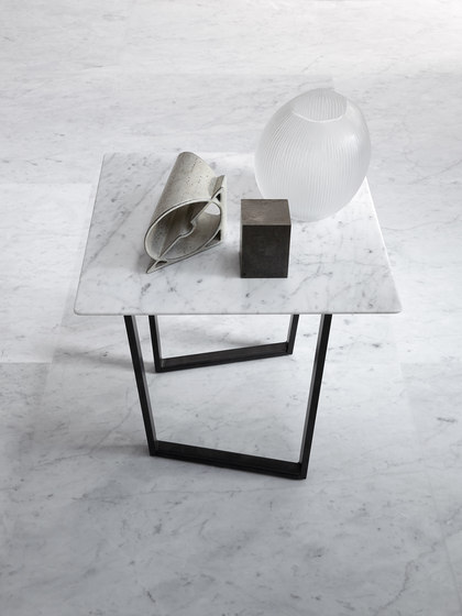 Dritto Coffee Table 90 x 90 cm de Salvatori