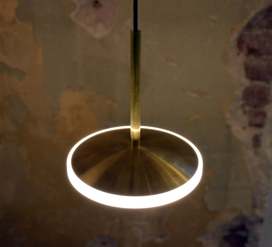 Dish 17v pendant steel by Graypants