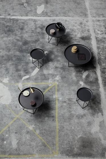 Duke Side Table, Small - Earth Black de NORR11