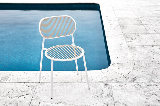 Piper Table Square by DesignByThem
