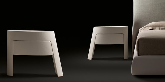 Morfeo Night Table by Giorgetti