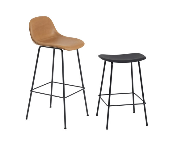Fiber Bar Stool | tube base  - black leather de Muuto