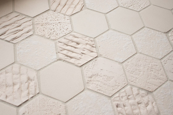 Earthenglass | Texture – Crater de Interstyle Ceramic & Glass