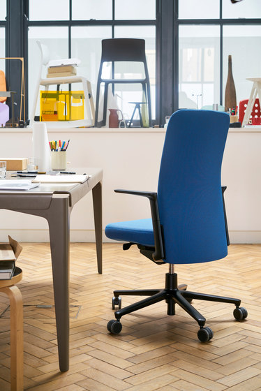Pacific Chair high back de Vitra