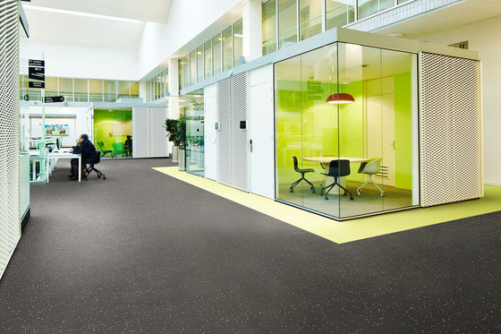 Sphera Energetic spearmint by Forbo Flooring