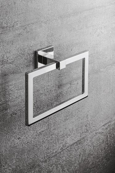 BasicQ | Hanging brush holder by COLOMBO DESIGN
