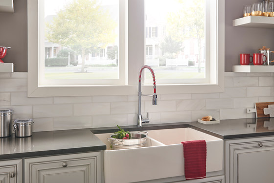 Foodie Caliente® | Single Handle Pre-Rinse Pull-Down Kitchen Faucet, 1.75gpm by Danze