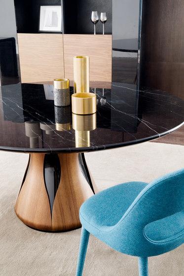 Clara | dining table di HC28