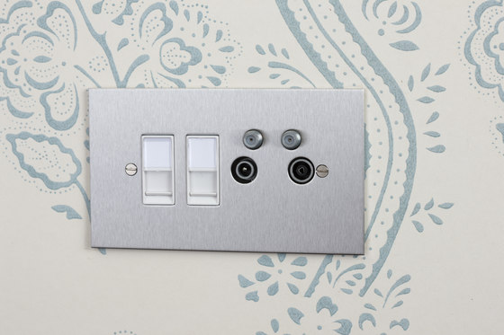 Stainless Steel TV and Satellite socket di Forbes & Lomax