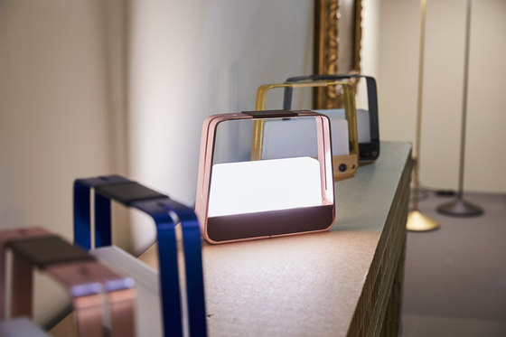 JACQUELINE small rechargeable table lamp by Penta