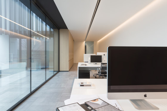 Drupl70 sharp office compliant by Modular Lighting Instruments