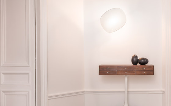 Manta Wall Lamp by bs.living