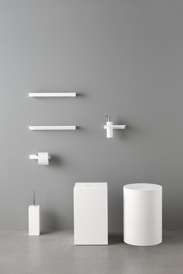 Unico Shower Bathtub by Rexa Design
