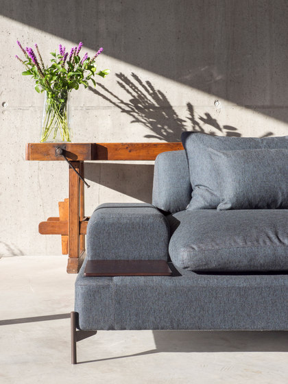 Alicia Sofa by Dux