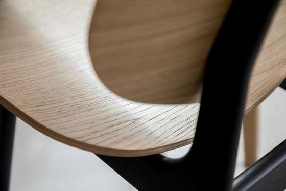 Pandora Chair de True North Designs