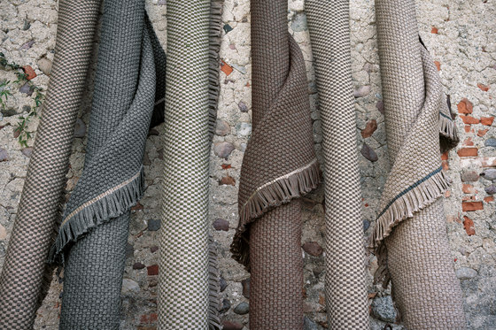 KNOT rug by Roda