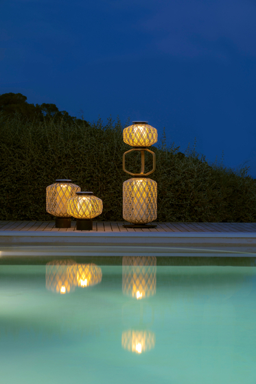 The Others Lantern M by DEDON