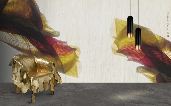 petals | iris by N.O.W. Edizioni