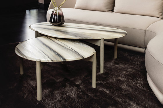 Heath coffee table large von Linteloo