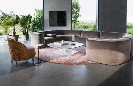 BELLE armchair by Piet Boon