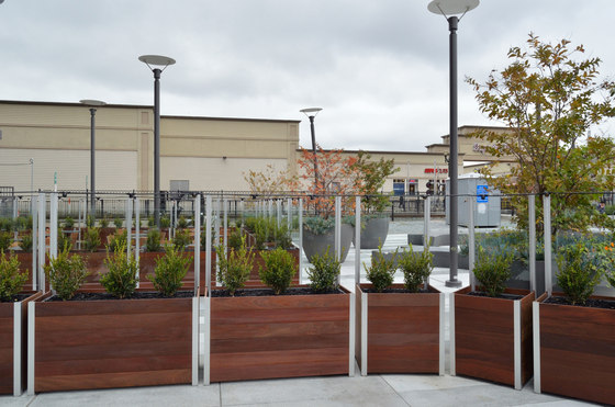 Privacy Screens and Enclosures by DeepStream Designs