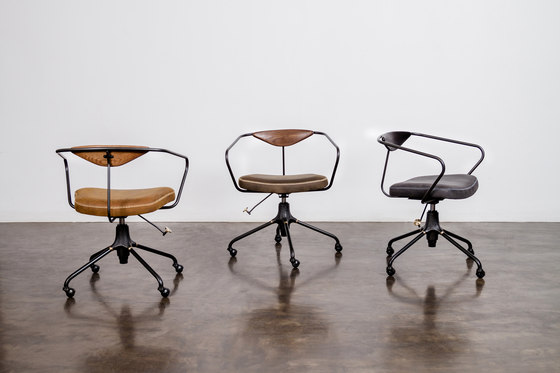 AKRON DESK CHAIR by District Eight